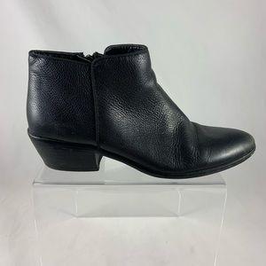 8.5 Sam Edelman black leather short ankle bootie